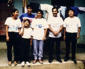 Nach zwei Jahren wieder glücklich vereint: die Familie von Javier und Maria Calongos-Mori, mit Mila, Paco, Carlos und Wagner