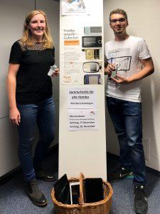 """Die Organisation der Sammelaktion """"Handy"""" wurde von Lea Wilbs und Niklas Rieger übernommen."""